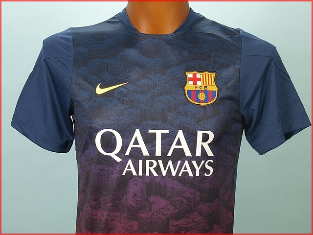 maillot de foot nike barca entrainement squad 31993 ebay. Black Bedroom Furniture Sets. Home Design Ideas